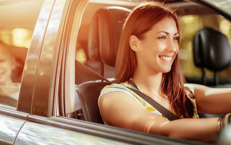 Você sabe como deixar carro com cheiro de novo?